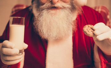 Santa-has-been-eating-too-many-cookies.-1024x683